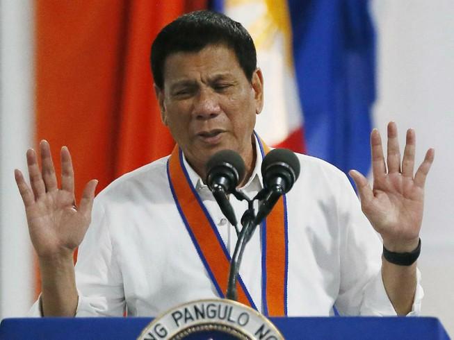 Philippines triệt phá âm mưu đánh bom 'dằn mặt' Duterte