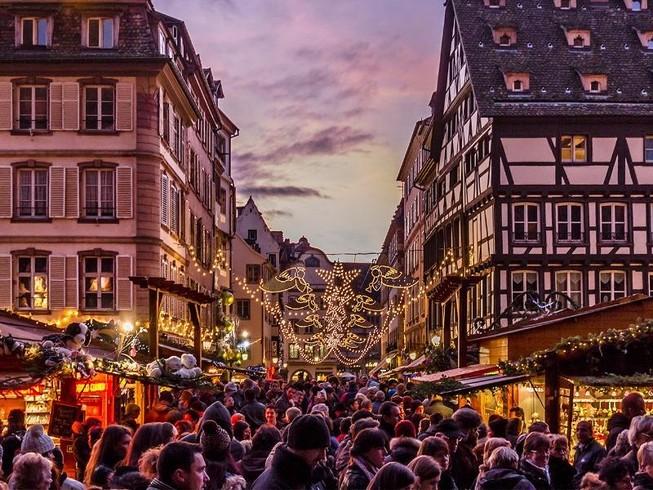 Phá âm mưu khủng bố Paris trước thềm Giáng sinh