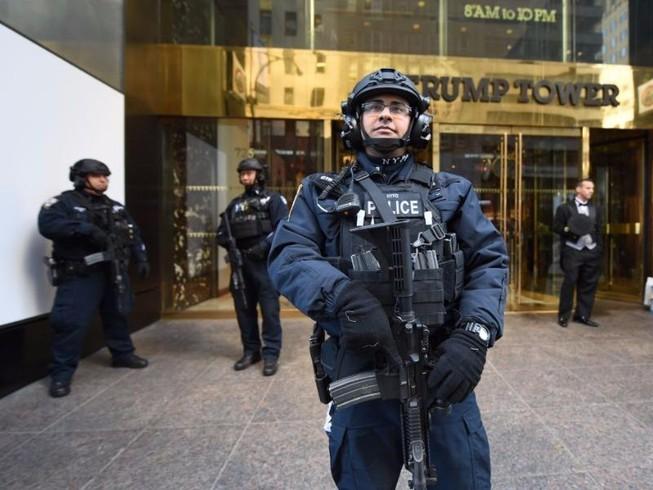 New York tốn 1 triệu USD/ngày để bảo vệ ông Trump