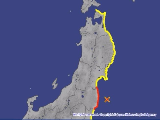 Nhật Bản cảnh báo sóng thần, sơ tán dân khẩn cấp