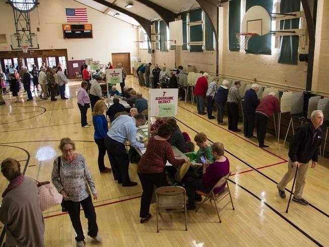 Nghi vấn tin tặc can thiệp kết quả kiểm phiếu bầu cử Mỹ