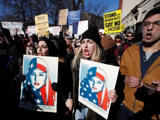 Trump kháng cáo phán quyết chặn sắc lệnh nhập cư