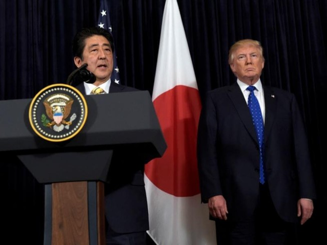 Triều Tiên phóng tên lửa, Trump hứa ủng hộ Nhật 100%