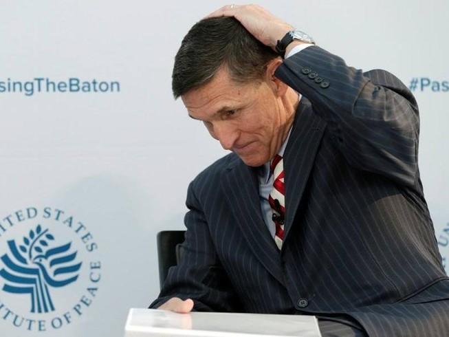 Cố vấn an ninh quốc gia Mỹ bất ngờ từ chức vì bê bối