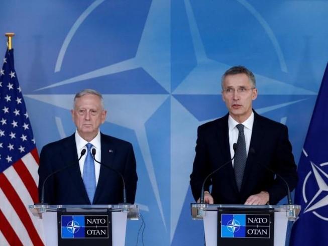 Mỹ dọa giảm cam kết nếu NATO không chi thêm tiền