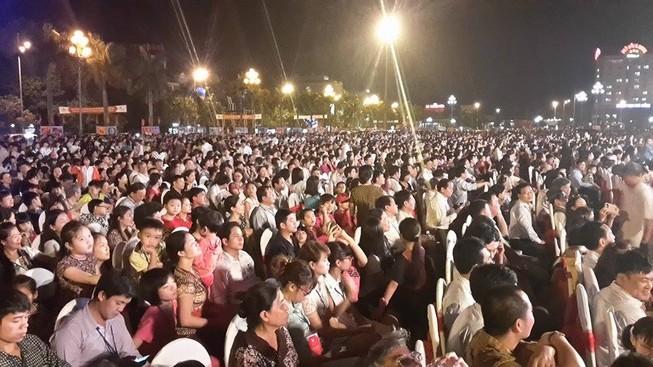 Hoành tráng lễ khai mạc Năm du lịch quốc gia 2015 - Thanh Hóa