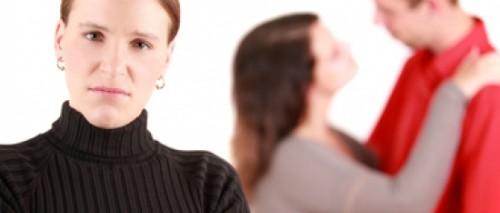 Bí quyết ứng xử với bồ của chồng