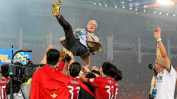 Bóng đá Trung Quốc:  Tham vọng có giải VĐQG hay nhất thế giới