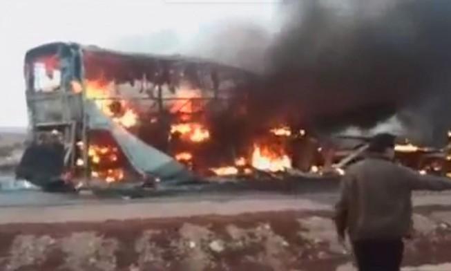Xe buýt bốc cháy, cả đội tuyển điền kinh thiệt mạng