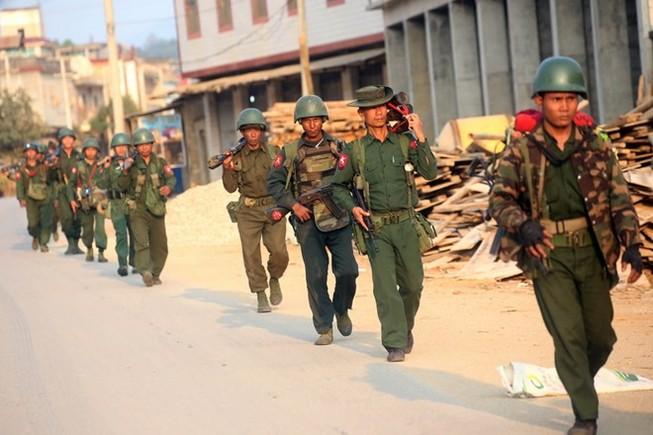16 binh sĩ Myanmar thiệt mạng do xung đột gần biên giới Trung Quốc