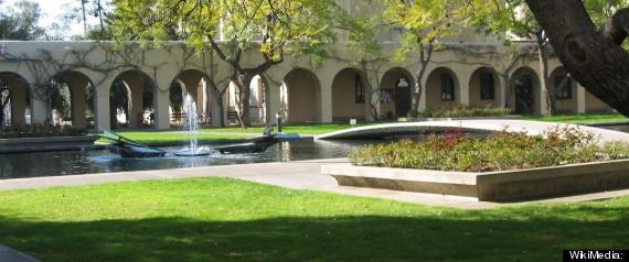 Harvard và Yale rớt khỏi top 10 các trường đại học tốt nhất