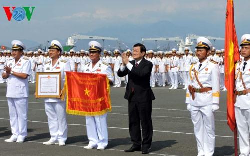Chủ tịch nước trao danh hiệu Anh hùng cho Quân chủng Hải quân
