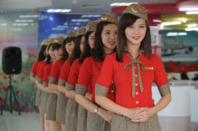 Nhiều cơ hội trở thành tiếp viên hàng không