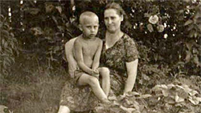 Ông Putin kể về Chiến tranh Vệ quốc: 'Mẹ tôi nằm giữa các xác chết'