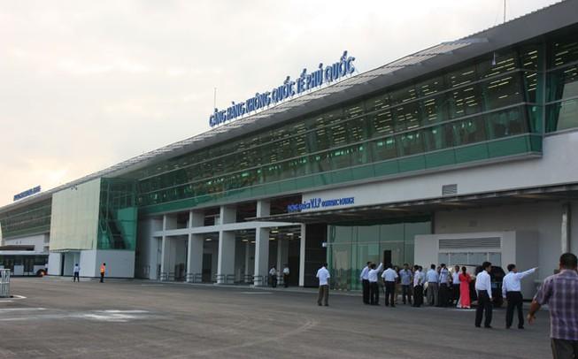 ĐBQH cảnh báo: DN vay tiền ngân hàng để mua sân bay, nhà ga, bến cảng