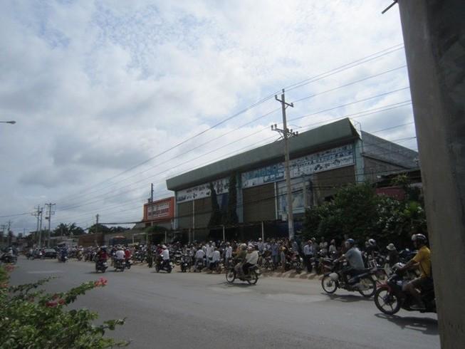 Gia thế giàu có của nạn nhân vụ thảm sát 6 người ở Bình Phước