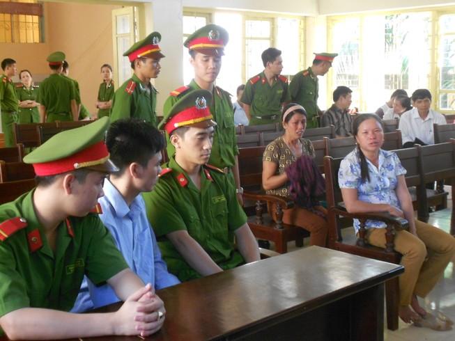 Bị cáo Lý Nguyễn Chung: 'Mong bác tha thứ cho cháu nhé!'