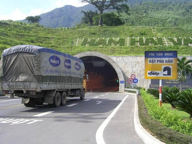 Đèo Hải Vân sẽ có thêm hầm đường bộ, đường sắt