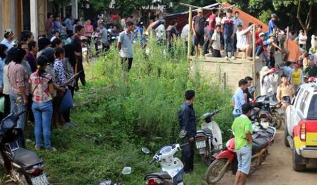 Thảm sát Yên Bái: Đưa thi thể 4 nạn nhân về an táng