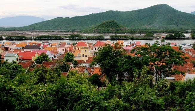 Ngắm ngôi làng giản dị tuyệt đẹp của ngư dân miền Trung
