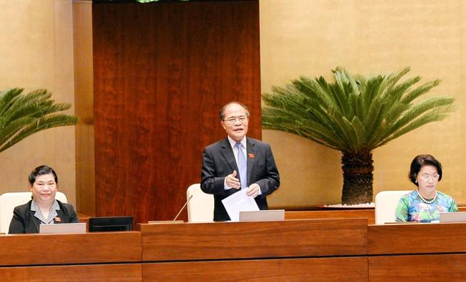 Chủ tịch Quốc hội lần đầu tiên trả lời chất vấn