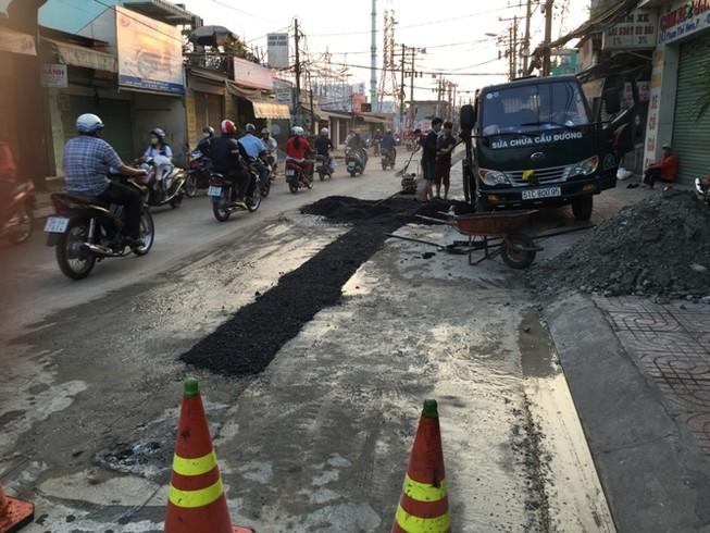 Xử lý hình sự công chức cố ý cấp phép đào đường sai quy định