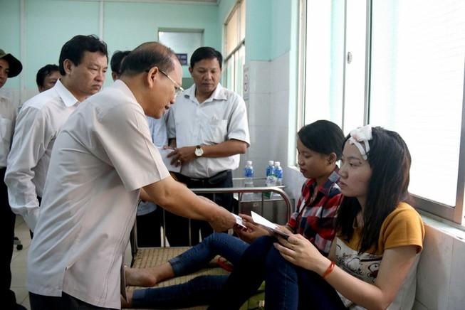 Tai nạn thảm khốc ở Bình Thuận: Chưa bàn giao thi thể, chờ kết quả ADN