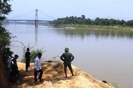 Thêm một học sinh chết đuối trên sông Lam