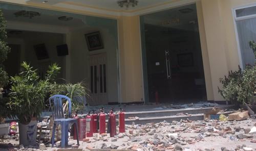 Vụ dân chặn QL1A: Bắt 6 người đập phá, tấn công cảnh sát