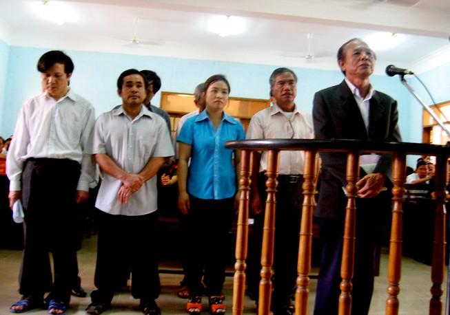 Toà tối cao huỷ bản án 7 cựu quan chức được hưởng án treo