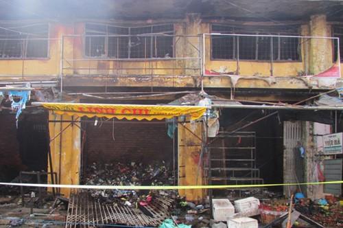 Cháy chợ Tam Nông, thiệt hại nhiều tỉ đồng