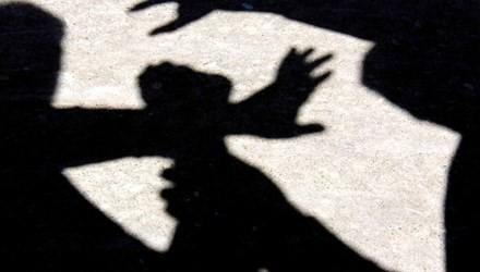 Một bé 13 tuổi tâm thần, câm điếc bị kẻ xấu hãm hại