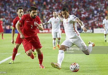Thổ Nhĩ Kỳ 3-0 Hà Lan: 'Lốc cam' sụp đổ