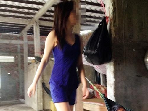 Giám định người bán dâm cho chủ khách sạn Cà Mau