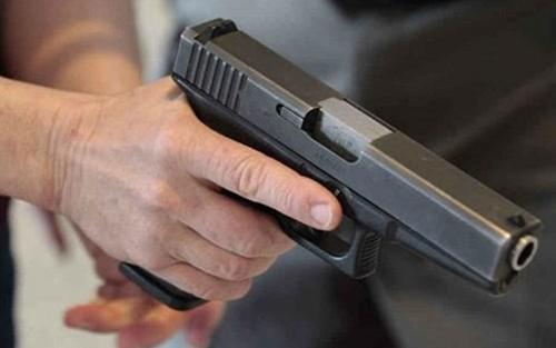 Nổ súng tại nhà bí thư huyện ủy Đức Hòa