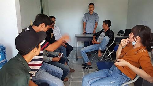 Không được thi, học viên vây trung tâm dạy nghề