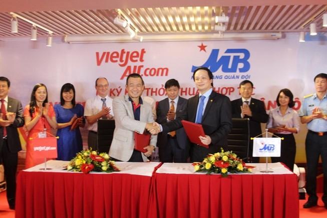 MB và VietJet ký thỏa thuận hợp tác nhiều lĩnh vực