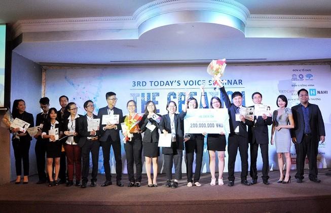 """""""Skill up Việt Nam"""" đạt quán quân Today's Voice Contest 2015"""
