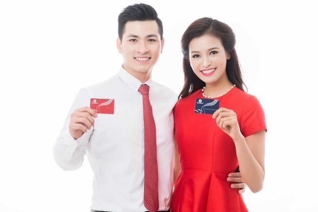 Vingroup phát hành 'siêu thẻ' Vingroup Card