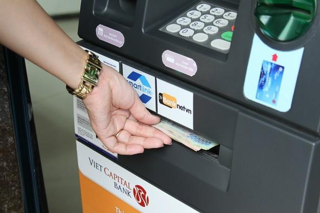 Sẵn sàng nguồn tiền ATM phục vụ tết