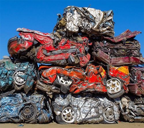 230 chiếc ôtô bị phá hủy trong 'Fast and Furious 7' đi về đâu?