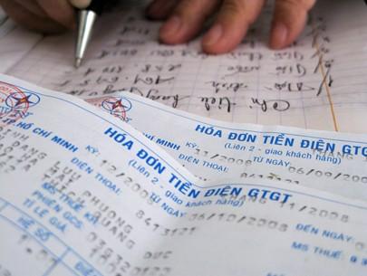 Ngân sách tăng thêm 200 tỉ đồng/tháng chi hỗ trợ tiền điện hộ nghèo