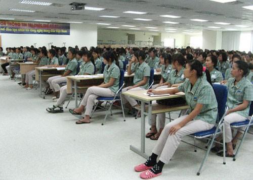 Hơn 10.000 ứng viên tham gia vòng thi GSAT của Samsung VN
