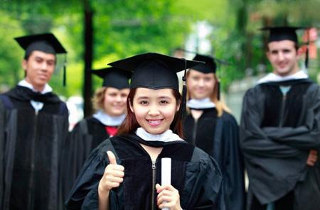 Bộ GD - ĐT tuyển gần 300 ứng viên du học bằng ngân sách nhà nước