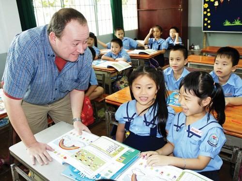 TP.HCM: Vận động 100% học sinh lớp 1 học tiếng Anh