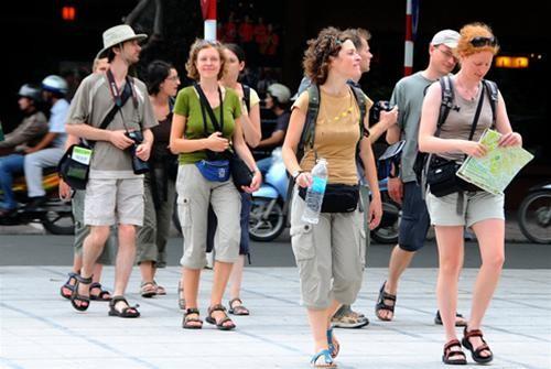 Chính sách miễn thị thực chưa thông thoáng khiến khách du lịch vào Việt Nam ít hơn các nước