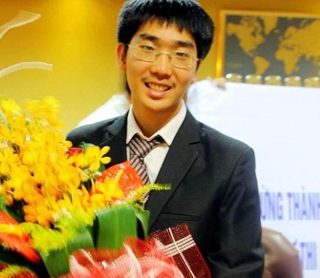 Việt Nam giành ba huy chương vàng Olympic vật lý quốc tế