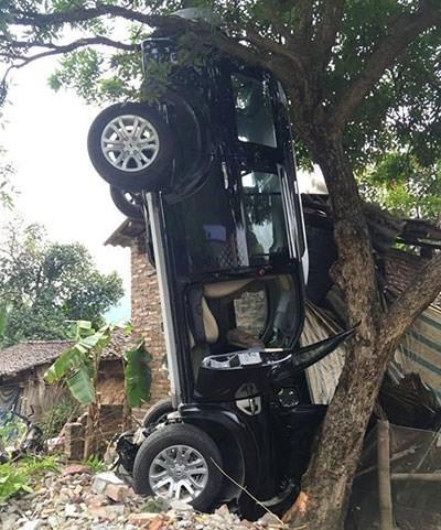 Bí thư Hà Quảng lái xe làm chết 3 người được hưởng án treo
