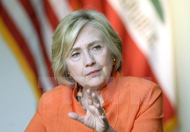Mỹ tiếp tục công bố các thư điện tử của bà Hillary Clinton