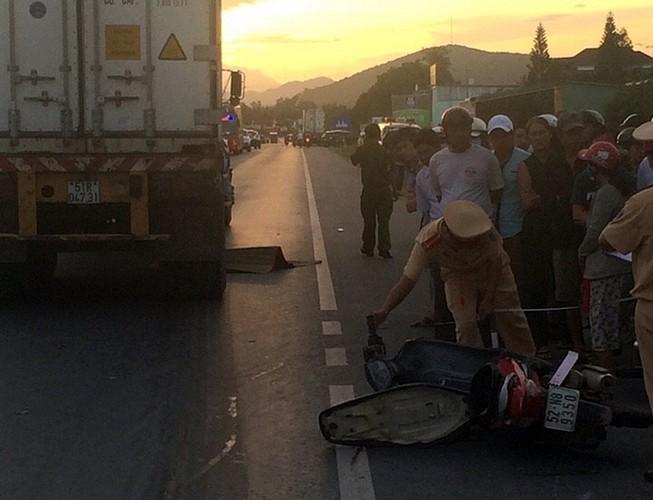 Tai nạn nghiêm trọng, hai người chết, một người bị thương